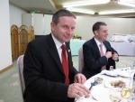 Edgar Dörig mit Simon Pidoux von der Schweizerischen Botschaft in Japan bei der Feier in Itoigawa